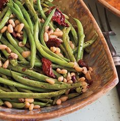 24 Thanksgiving Food Ideas With Recipes = green-beans-sun-dried-tomatoes