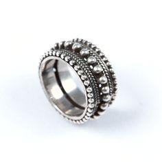 Inel argint, biluțe și granulație, India