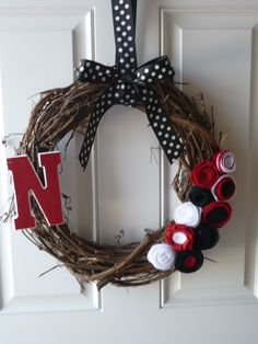 Nebraska Huskers Felt Flower Wreath (my pinterest inspired project)
