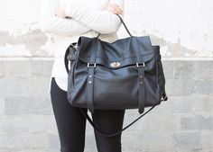 NAME : ***** MELINA LEATHER MESSENGER BAG *********  100% Genuine Italian cowhide leather Finally a womens messenger bag that imparts femininity , made