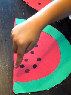 Watermelon: Fingerprint watermelon craft.