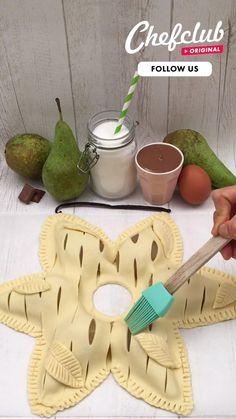 Creative Food Art, Creative Desserts, Fun Desserts, Cake Decorating Techniques, Cake Decorating Tips, Sweet Breakfast, Breakfast Dessert, Pastry Recipes, Pie Recipes