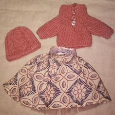 Skirt and sweater for Chloe Corolle