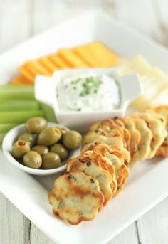 Keto crackers are a tasty snack you can enjoy any time of the day. Make these 7 Best Low Carb Keto Cracker Recipes your secret weapon between meal time! Low Carb Appetizers, Appetizer Recipes, Snack Recipes, Cooking Recipes, Milk Recipes, Coconut Flour Recipes Keto, Appetizer Ideas, Ketogenic Recipes, Low Carb Recipes