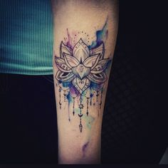 Love this watercolour tattoo.. thinking something similar to this but maybe on…