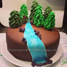 Cool Squatch Cake... This website is the Pinterest of birthday cake ideas