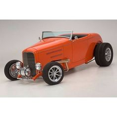 Classic Car News Pics And Videos From Around The World 1932 Ford Roadster, Traditional Hot Rod, Classic Hot Rod, Best Muscle Cars, Ford Classic Cars, Sweet Cars, Us Cars, Street Rods, Custom Cars