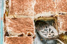 Sex in a Pan – crazy name for a dessert, but it's one of the best desserts you'll ever have, a pudding dessert with a crunchy pecan bottom crust. Köstliche Desserts, Delicious Desserts, Layered Pudding Desserts, Greek Desserts, Delicious Cookies, Ciabatta, Yummy Treats, Sweet Treats, Cake Recipes