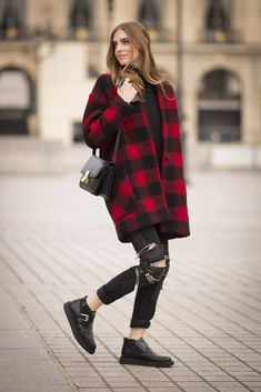 winter street style look: buffalo plaid coat + ripped jeans