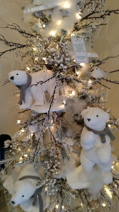Polar bear tree