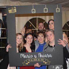 marco gigante de polaroid para amenizar el photocall de tu evento este diseo fotografas con