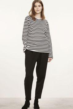Marimekko Pitkahiha 2017 Unisex T-Shirt Classic Black/White Layered Fashion, Marimekko, Black Stripes, Types Of Shirts, Long Sleeve Shirts, Style Inspiration, Fashion Outfits, Unisex, How To Wear