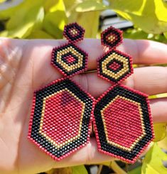 Seed Bead Bracelets, Seed Bead Jewelry, Seed Bead Earrings, Seed Beads, Beaded Jewelry, Red Earrings, Unique Earrings, Earrings Handmade, Hoop Earrings