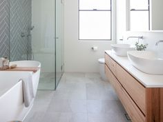 We reveal 4 hot bathrooms in a Sydney renovation free standing bath tub Best Bathroom Tiles, Bathroom Tile Designs, Laundry In Bathroom, Bathroom Layout, Modern Bathroom Design, Bathroom Interior Design, Bathroom Flooring, Bathroom Ideas, Bathroom Bin
