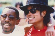 Поцелуи и объятья - Страница 6 - Майкл Джексон - Форум