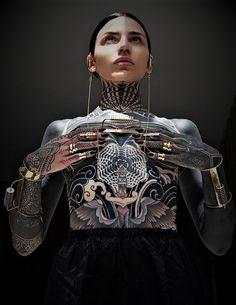 Full Body Tattoo, Stomach Tattoos, Geniale Tattoos, Studio Shoot, Queen, Life Tattoos, Angel Tattoo Men, Lower Back Tattoos, Arm Band Tattoo
