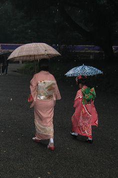 Kimonos in rain, Japan