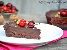 Tarta cu ciocolata si cirese - imagine 1 mare Chocolate Moose, Chocolate Cherry, Chocolate Cream, Fun Desserts, Delicious Desserts, Yummy Food, Food Cakes, Cupcake Cakes, Cupcakes