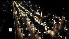 Jakarta- PEKA -. Kemacetan melanda Tol Cikampek arah Jakarta, Kamis dini hari, sebagai imbas dari membludaknya pengunjung di tempat peris...