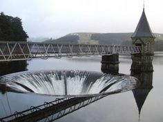 Crazy shot of the Pontsticill Reservoir, The Brecon Beacons National Park, Powys, Wales right next to Dolygaer! Culture Of England, Rule Britannia, Beautiful Photos Of Nature, Brecon Beacons, Cymru, Civil Engineering, South Wales, Home And Away, Where To Go