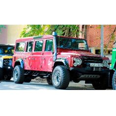 Better than a limo  Spotted by @__nawaya__  #landrover #defender #landroverdefender #offroad #offroadnation #offroading #offroader #offroad4x4 #off_road_rides_in_srilanka #offroadlife #offroadracing #offroadvzla #jeep #LK by off_road_rides_in_srilanka Better than a limo  Spotted by @__nawaya__  #landrover #defender #landroverdefender #offroad #offroadnation #offroading #offroader #offroad4x4 #off_road_rides_in_srilanka #offroadlife #offroadracing #offroadvzla #jeep #LK