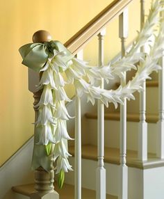 This would look gorgeous going down the staircase to our wedding site.