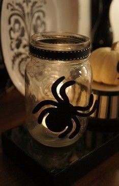 Easy, spooky Halloween decor: mason jar, spider, tealight