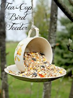 A new use for those old tea cups and saucers. The birds will thank you!