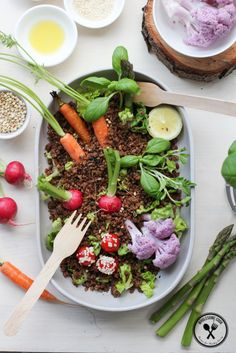 Fun Garden Salad with Edible Dirt -- this is incredibly cute <3