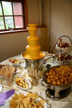 Nacho cheese fondue fountain- okay, this just made me laugh! I remember Che seriously hunting me down to find out where I bought the cheese for my Nachos dip at munch and mingle-LOL! Chocolate Fondue Bar, Chocolate Fountain Bar, Chocolate Fountains, Chocolate Cheese, Cheese Fountain, Fondue Fountain, Churros, Fondue Recipes, Fondue Ideas