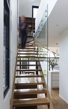 Glass instead of handrail on stairs - Nic Owen, Fitzroy North