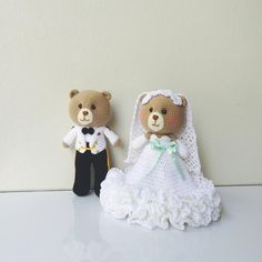 « ⒻⓇⒾⒹⒶⓎ   #amigurumi #amigurumitoy #amigurumidoll #wedding #teddybear #bear #dolls #diy #happy #handmade #handcraft #yarn #wool #cute #craft #crochet…»