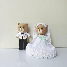 « ⒻⓇⒾⒹⒶⓎ   #amigurumi #amigurumitoy #amigurumidoll #wedding #teddybear #bear #dolls #diy #happy #handmade #handcraft #yarn #wool #cute #craft #crochet…»