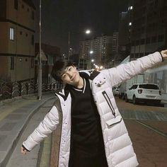 In which Eunsang falls out of love with Cha Junho and Junho realizes … Yohan Kim, Thing 1, Wattpad, Kpop, Boyfriend Material, K Idols, New Music, Pretty Boys, My Boys