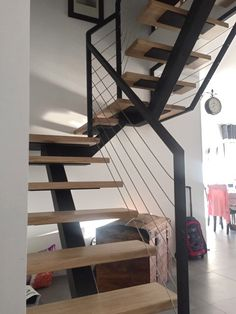 Escaliers PALMARINI/ PALMARINI stairs Staircase Railings, Staircase Design, Stairways, Cabin Design, House Design, Types Of Stairs, Stair Ladder, Steel Stairs, Modern Stairs