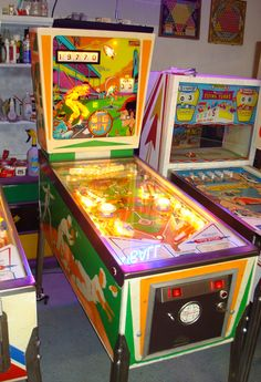 Looking for Vintage Pinball machines for sale, classic pinball games, restoration and pinball service