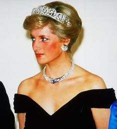 Princess Diana (screenshot by Annoth) uploaded by www.1stand2ndtimearound@etsy.com Diamond Earrings, Jewelery, Hat, Princess, Purple, Etsy, Fashion, Head Bands, Noblesse