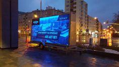 Podświetlana reklama mobilna LED to 256 kolorów, które ożywią statyczną reklamę! Przekonaj się o skuteczności reklamy! Zapoznaj się z naszą ofertą #reklama #marketing #LED #Przyczepy