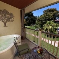 Paso Robles Inn - a wine weekend getaway for two.