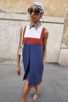 Valentino Resort 2019 Fashion Show Collection: See the complete Valentino Resort 2019 collection. Look 11 Fashion Mode, Fashion Week, Look Fashion, Runway Fashion, Fashion Outfits, Womens Fashion, Fashion Design, Fashion Trends, Feminine Fashion