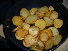 Country Fried Potatoes Made these skillet potatoes with Wildtree's Rancher Steak Rub and the Garlic Infused Grapeseed Oil Side Recipes, Brunch Recipes, Fall Recipes, Snack Recipes, Country Fried Potatoes, Country Potatoes Recipe, Best Fried Potatoes, Fried Breakfast Potatoes, Country Breakfast