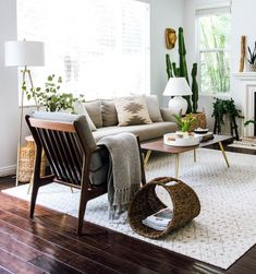 Live in a space you're inspired by - like this hardwood living room setup by interior designer Anita Yokota. With a fresh and chic area rug, your space can pull together all the cozy vibes and neutral textures. Give us all the fall decor - we are ready. Living Room Setup, Cozy Living Rooms, Living Room Interior, Home Interior Design, Living Room Furniture, Interior Decorating, Apartment Living, Interior Stylist, Interior Designing
