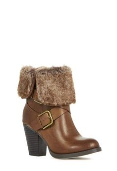 MCKINLEY from JustFab.com