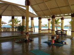 Yoga in Aruba, amazing!