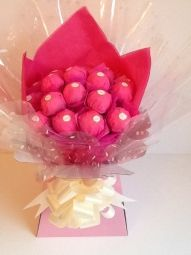 Ferrero Rocher Chocolate Bouquet in Hot Pink Ferrero Rocher Bouquet, Ferrero Rocher Chocolates, Chocolate Making, How To Make Chocolate, Sweet Trees, Chocolate Bouquet, Edible Arrangements, Vintage Gifts, Jewelry Crafts