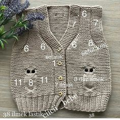 Baby breipatronen ð patterns de tricot de tejer di maglieria modelleri Baby Knitting Patterns, Free Knitting, Crochet Patterns, Crochet For Kids, Crochet Baby, Knit Crochet, Baby Cardigan, Baby Sweaters, Baby Outfits