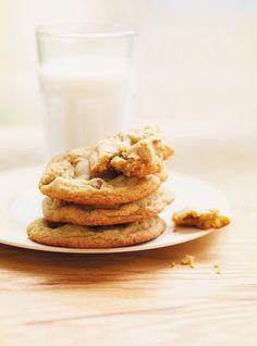 Recette de biscuits tendres au sucre à la crème: recette de Ricardo. Cuisson: 7 minutes par fournée de biscuits. Rendement de cette recette: 16 biscuits.