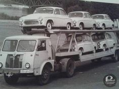 STAR of Poland auto transporter with Syrena Retro Cars, Vintage Cars, Car Movers, Car Carrier, Love Car, Old Trucks, Cars And Motorcycles, Race Cars, Transportation