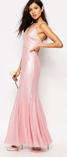 Love this pink sequin dress. Absolutely perfect for a wedding as a bridesmaid, or any party! (sponsored affiliate link)