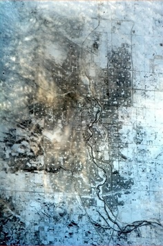 Calgary emerging from the snow on New Year's Eve, with clouds beginning to roll in overhead. By astaunaut Chris Hadfield Aerial Photography, Nature Photography, Chris Hadfield, Life Space, Earth From Space, Space Travel, Out Of This World, Aerial View, Outer Space
